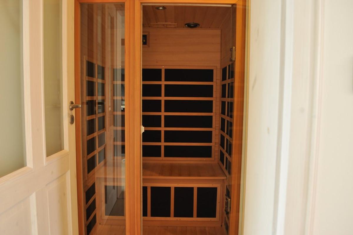 ferienwohnung mit kamin und sauna ferienwohnung in gehlberg mieten. Black Bedroom Furniture Sets. Home Design Ideas