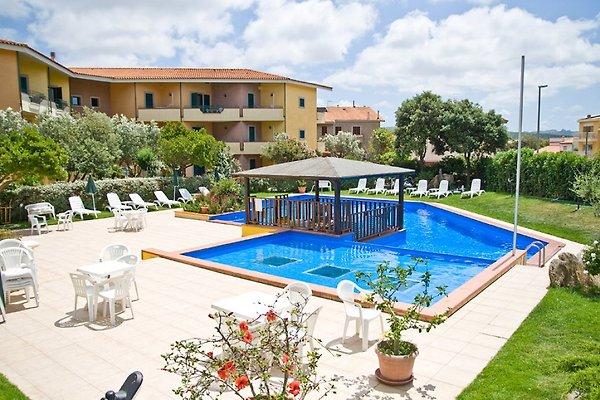Appartamento in centro con piscina in Santa Teresa Gallura - immagine 1