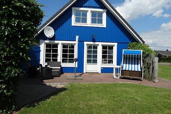 Skandinavisches Ferienhaus für 2-6 Personen mit 3 Schlafzimmern und 2 Bädern.