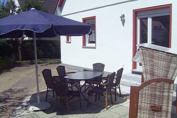 haus ostend ferienhaus in ahlbeck mieten. Black Bedroom Furniture Sets. Home Design Ideas