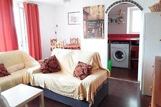 Herrliche Wohnung mit Blick auf das Meer und die Berge, 3 km von Tossa de Mar. Eine private Entwicklung ruhigen Urlaub, ideal für Familien mit Kindern zu verbringen.