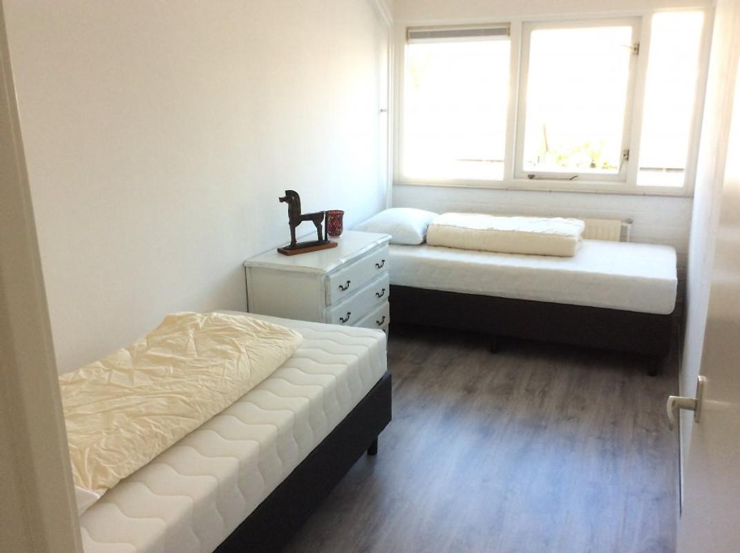 ferienhaus julia ferienhaus in julianadorp aan zee mieten. Black Bedroom Furniture Sets. Home Design Ideas