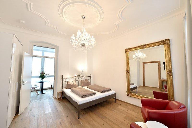 Schlaf- Wohnzimmer 1
