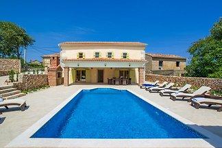 Villa Ibrahimovic