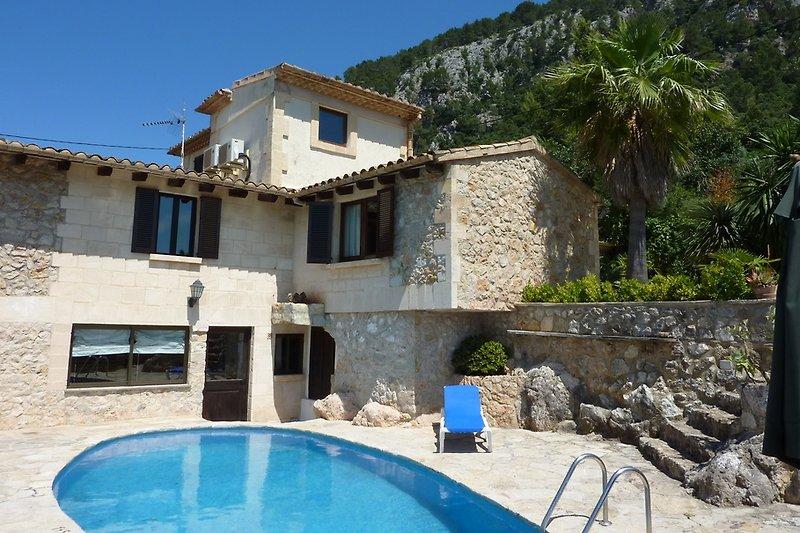 Villa mit Pool in Pollença