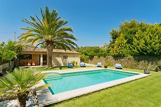 Moderne Finca mit Pool in Pollensa