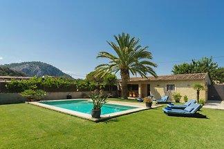Villa Rudolfo con piscina y jardin