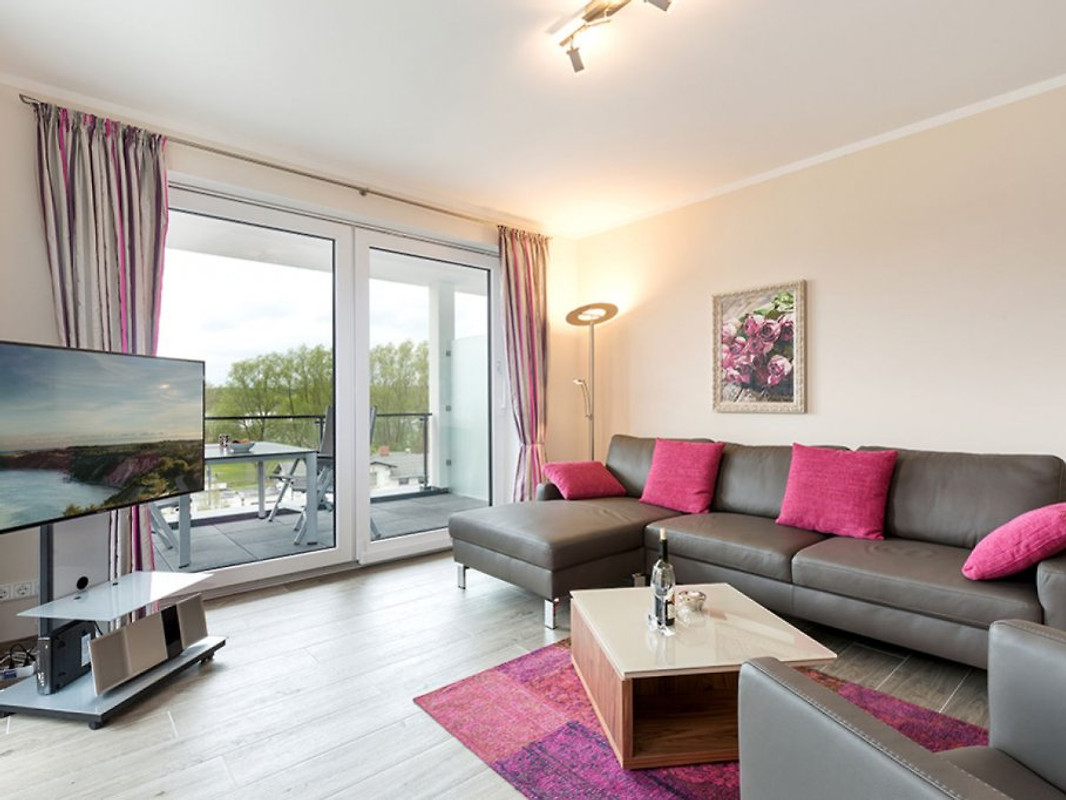 seeterrassen binz ferienwohnung in binz mieten. Black Bedroom Furniture Sets. Home Design Ideas