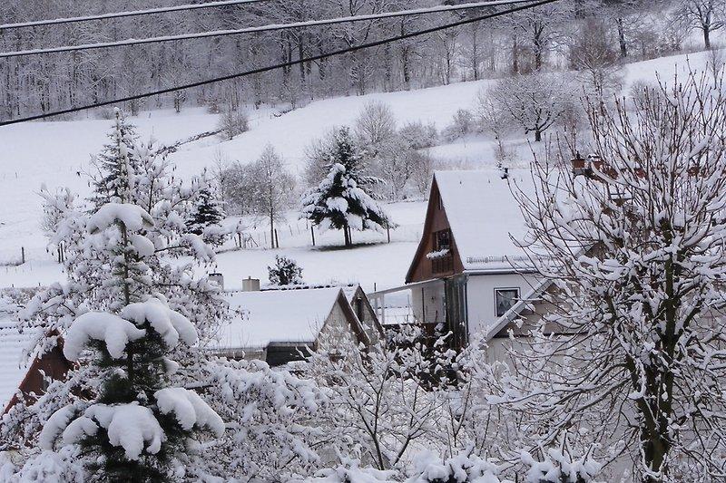 Winteransicht gegenüber der Fewo