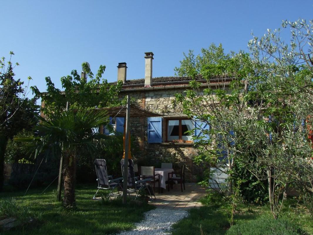 Mas chataigner la jaune vakantiehuis in saint julien de cassagnas huren - Stenen huis uitbreiding ...