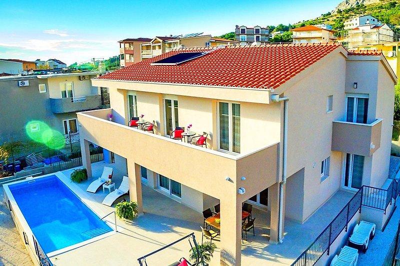 Villa Leonore liegt in einer ruhigen wohngegend