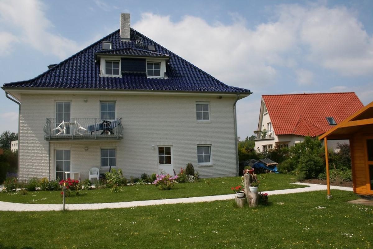 villa ostseeland ferienwohnung in nienhagen mieten. Black Bedroom Furniture Sets. Home Design Ideas