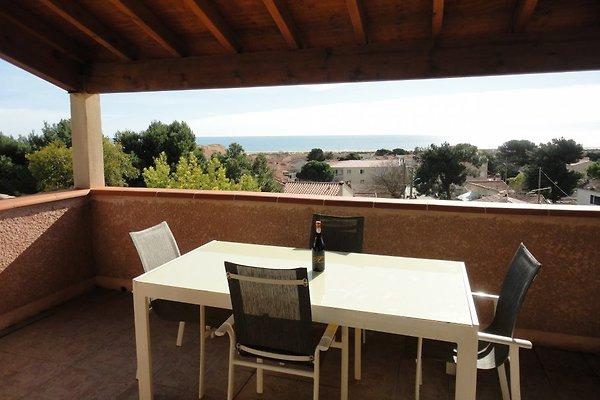 Villa sea view in Saint-Pierre-la-Mer - picture 1