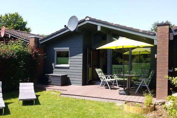 ferien bungalow fedderwardersiel ferienhaus in fedderwardersiel mieten. Black Bedroom Furniture Sets. Home Design Ideas