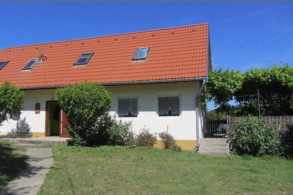 Holiday home in Szolad - picture 1