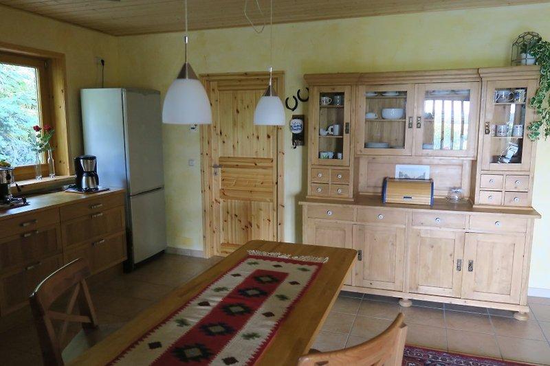 Sideboard und Frühstückstheke