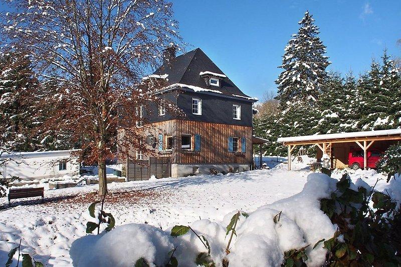 Bei uns ist es im Winter schön...