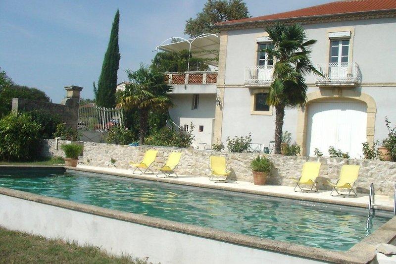 MAS VINSON mit 4 Ferienhäusern
