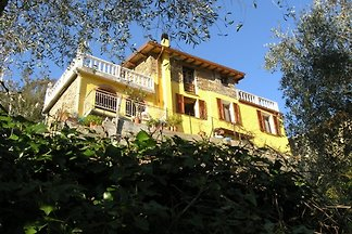 House on 2 levels near Alassio and Imperia