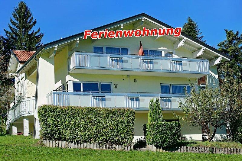 Ferienwohnung mit Balkon für Ihren Urlaub im Bregenzerwald