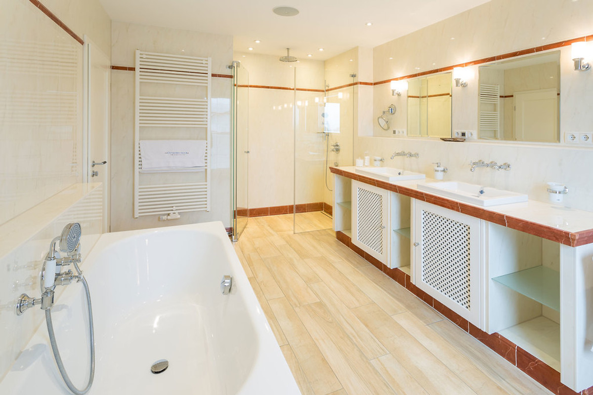 ostseeweitblick ferienhaus in sassnitz mieten. Black Bedroom Furniture Sets. Home Design Ideas