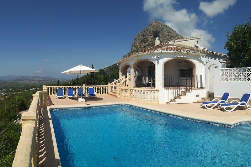 Villa für 6 Personen mit großem Privatpool