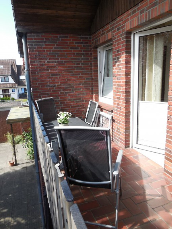 wohnung typ b im haus friedeburg ferienwohnung in carolinensiel mieten. Black Bedroom Furniture Sets. Home Design Ideas