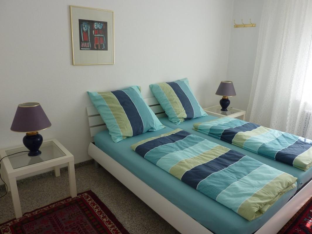 ferienwohnung 3 bode in friedrichshafen frau bode. Black Bedroom Furniture Sets. Home Design Ideas