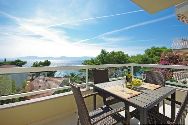 Adriatic house in Podaca - picture 1