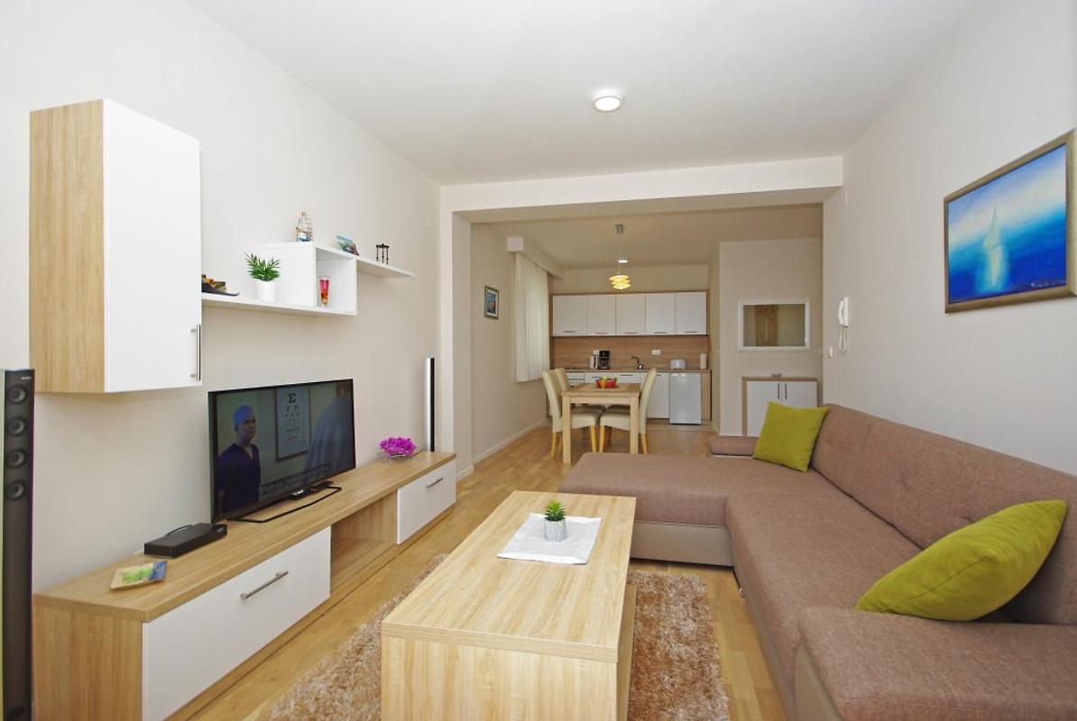 Adria huis vakantie appartement in podaca huren - Nieuw huis binneninrichting ...