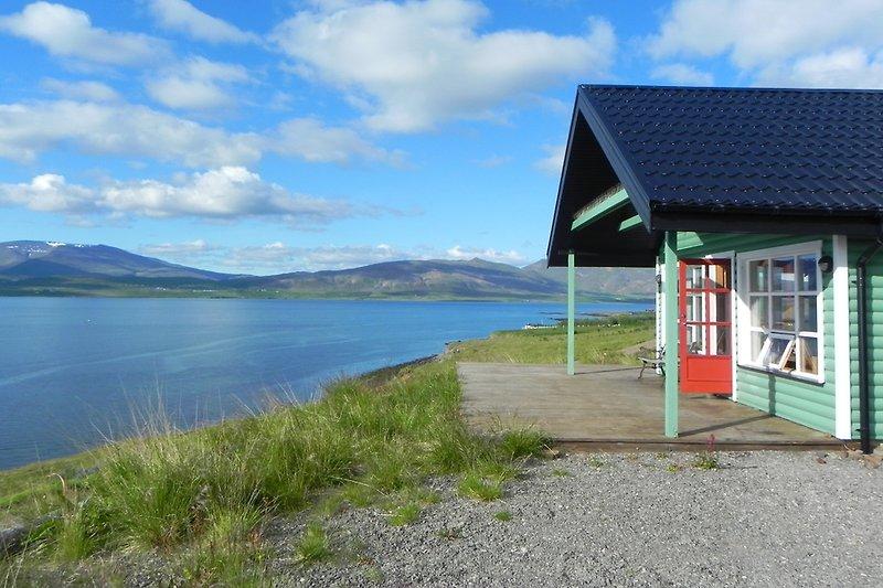 Villa Fjordblick im Sommer