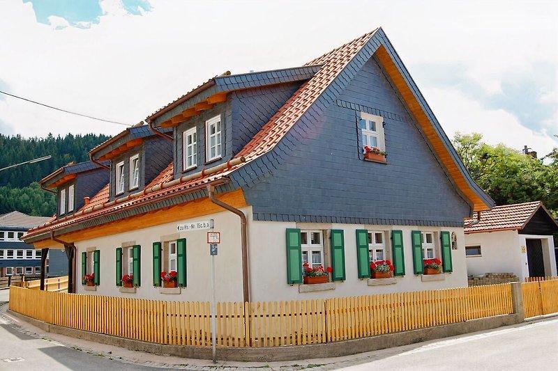 Typisches Frankenwaldhaus aus dem 18,/19. Jh