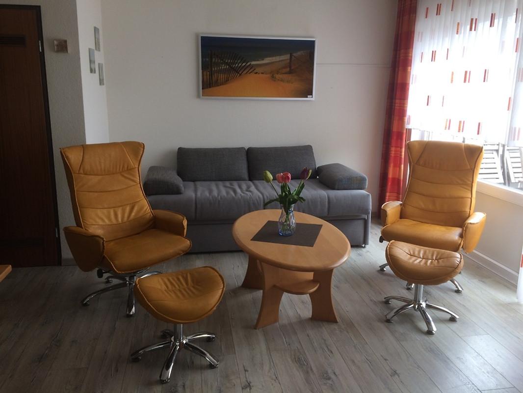 haus norderoog balkon wohnung nr 8 ferienwohnung in borkum mieten. Black Bedroom Furniture Sets. Home Design Ideas