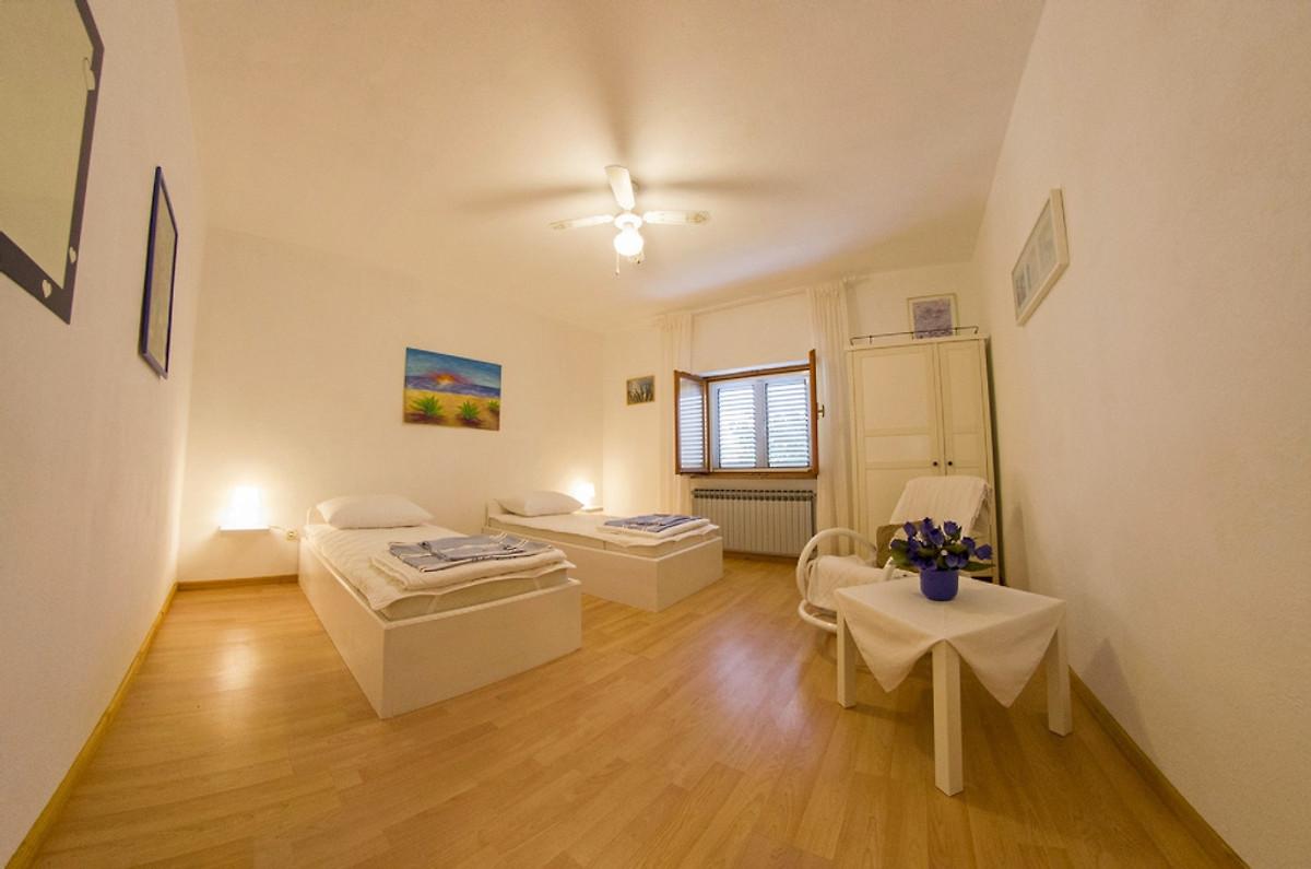 Villa, piscina, 3 camere da letto e vista sul mare in Novo Selo ...