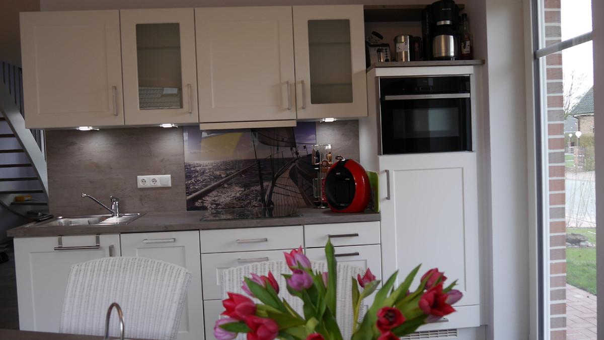 ferienhaus sunny ferienhaus in norddeich mieten. Black Bedroom Furniture Sets. Home Design Ideas