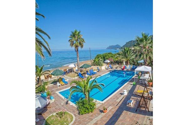 Apartamento en Agios Gordios - imágen 1