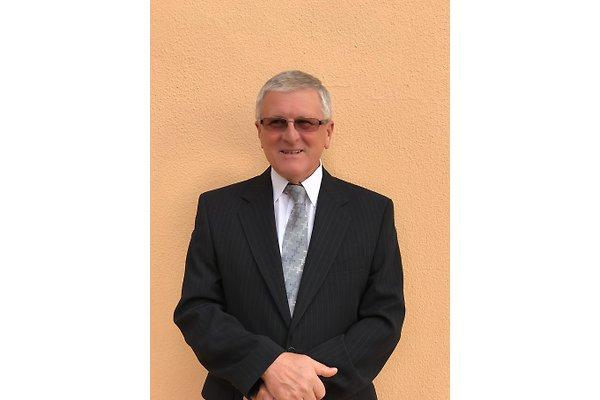 Herr E. Vidas