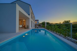 Villa Rossa mit beheiztem Pool