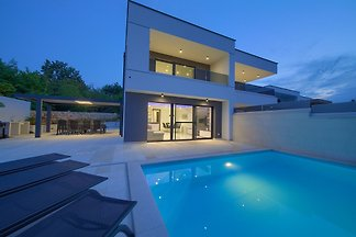 Villa Dama mit Pool und Meerblick