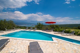 Holiday flat in Sužan