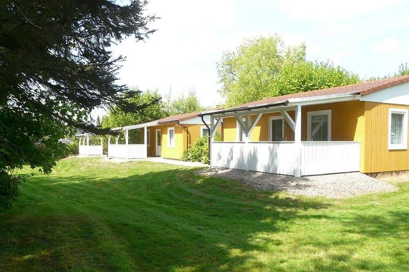 Ferienhaus mit überdachter Terrasse