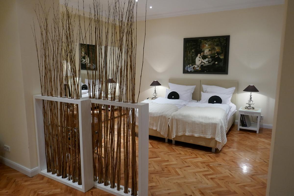 hauptstadt studio 2 ferienwohnung in tiergarten mieten. Black Bedroom Furniture Sets. Home Design Ideas