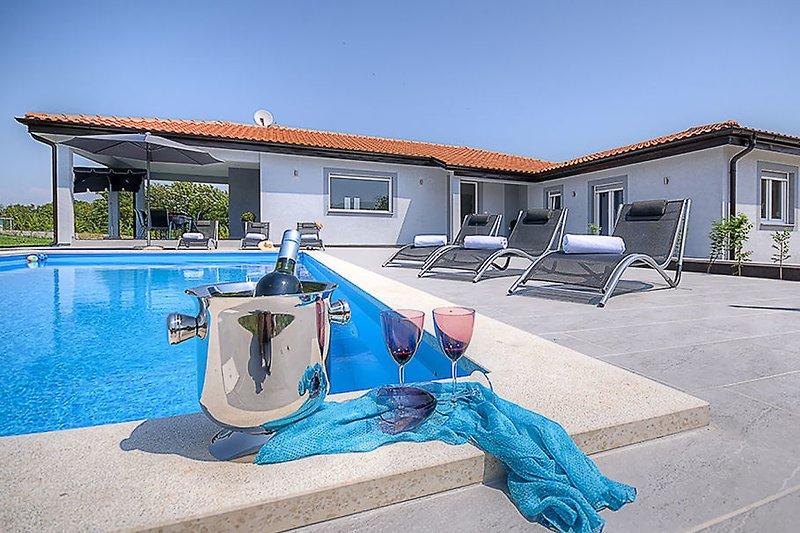 Villa mit Privat Pool