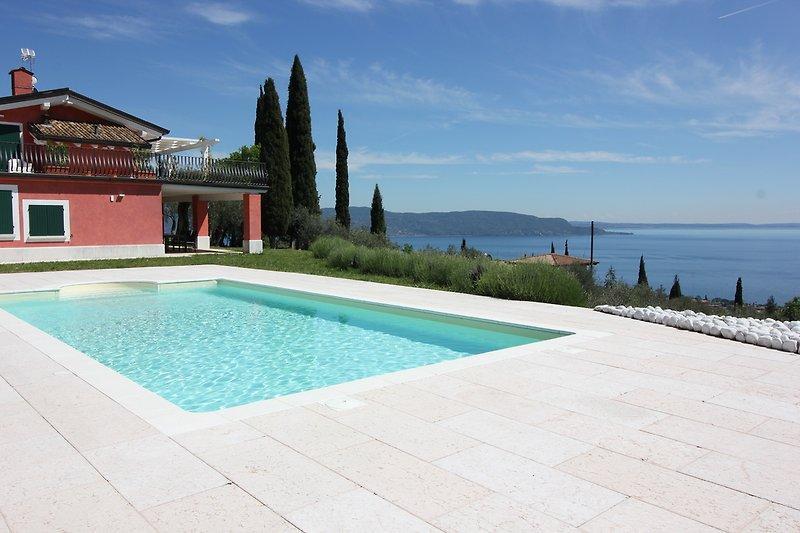 Hibiscus - exklusives Haus Garda in Toscolano Maderno - Bild 2