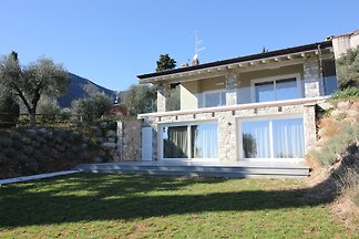 Holiday home in Toscolano Maderno