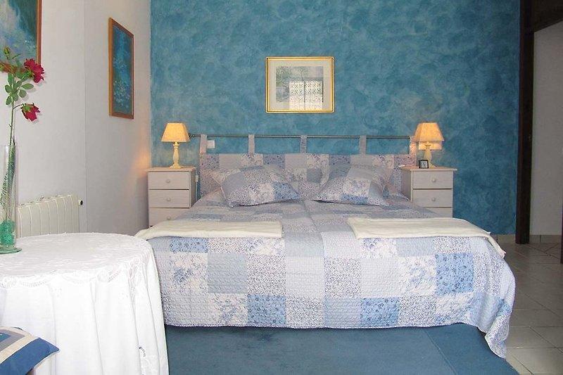 Villa oasis ferienhaus in moraira mieten - Blaues schlafzimmer ...