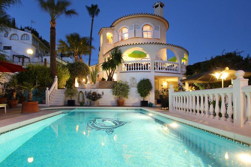 Villa Las Chicas... romantische Abendstimmung ...