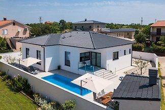 Villa Casa L