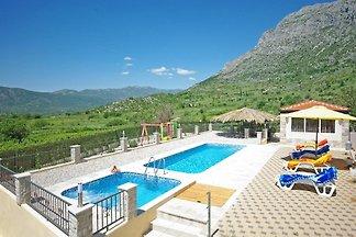 Maison de vacances Vacances relaxation Zavojane