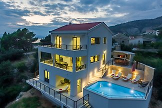 Holiday home relaxing holiday Makarska